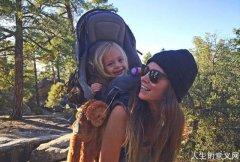 辣妈带3岁女儿爬遍美国名山