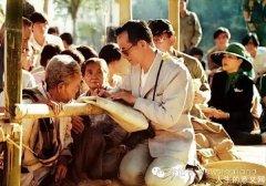 泰国国王为何得到民众拥护爱戴?泰国国王去世为什么民众会痛哭?